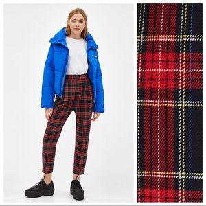 NWT. Bershka jogging trousers> Size L.